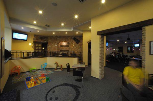 Dětský koutek Restaurace a bowling Restaurace a bowling Nový svět